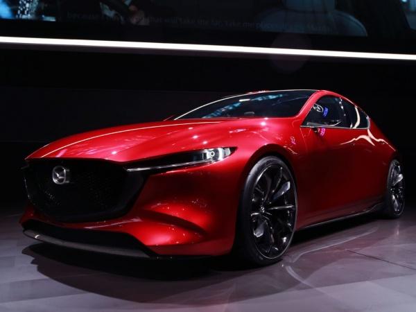 Mazda 3 хэтчбек фото