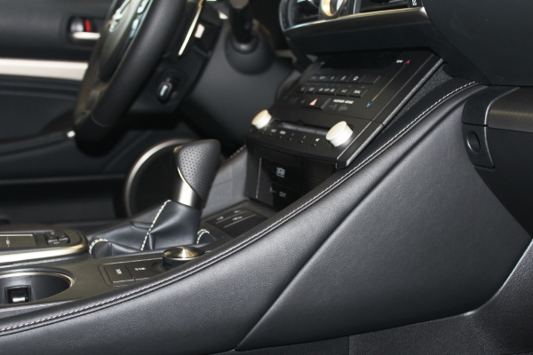 Мелкие детали  Lexus RC 200t